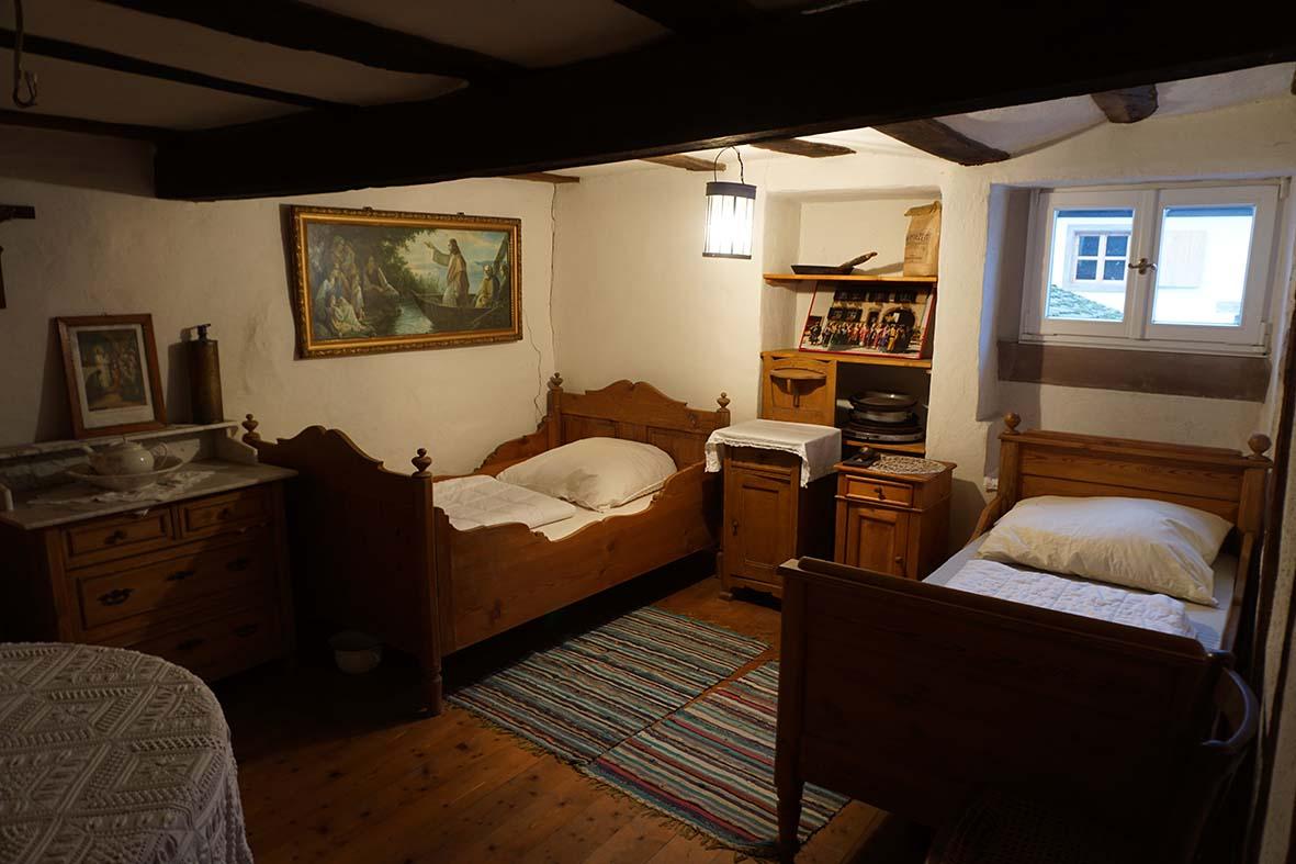 Überachten im alten bauernhaus in auersmacher, Schlafzimmer entwurf